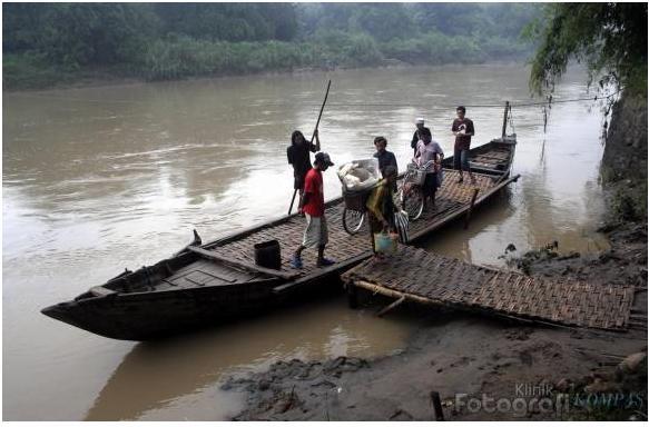 Posko Korban Perahu Terbalik Dipindahkan