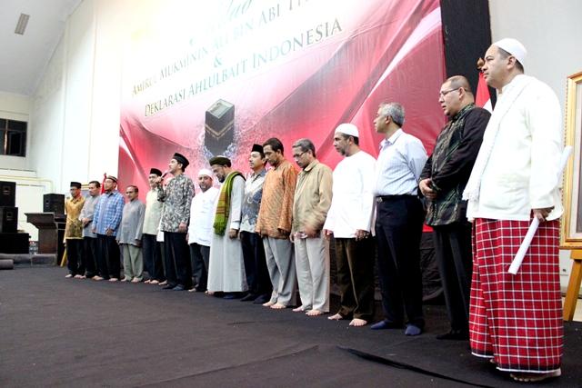 Dewan Syuro, Para Guru & Ustad Memberikan Salam kepada Masyarakat Ahlulbait Indonesia, Foto by Lutfi Jyd