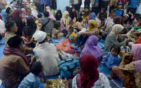 Menag Ajak Pulang Pengungsi Sampang di Sidoarjo