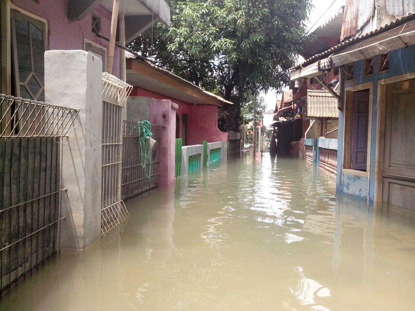Banjir Kiriman Tunda Program Membersihkan Rumah Warga