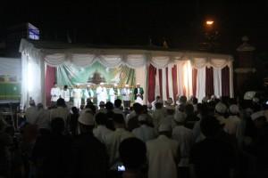 Maulid Nabi di masjid Al-Mahdi Bekasi bersama Haddad Alwi