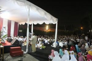 Maulid Nabi di masjid Al-Mahdi Bekasi
