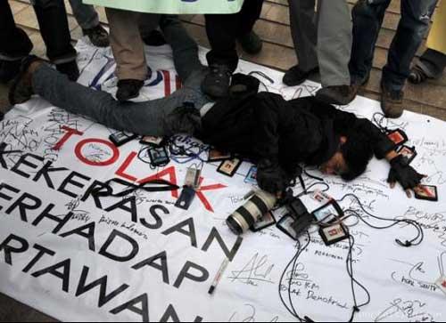 Tolak Kekerasan terhadap Wartawan