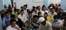 Pengungsi Syiah Sampang Shalat Ied Bersama Warga Sekitar Rusun