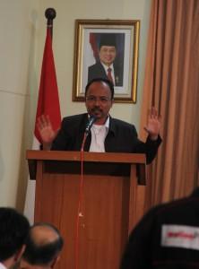 Dr. Iskandar