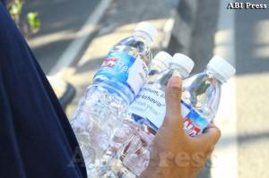 Pembagian Air Mineral