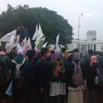 Tolak BBM Naik, Aliansi BEM Se-Indonesia Kepung Istana
