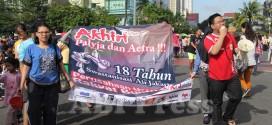 Tolak Swastanisasi Air, Warga Jakarta Mandi Bareng di Bundaran HI