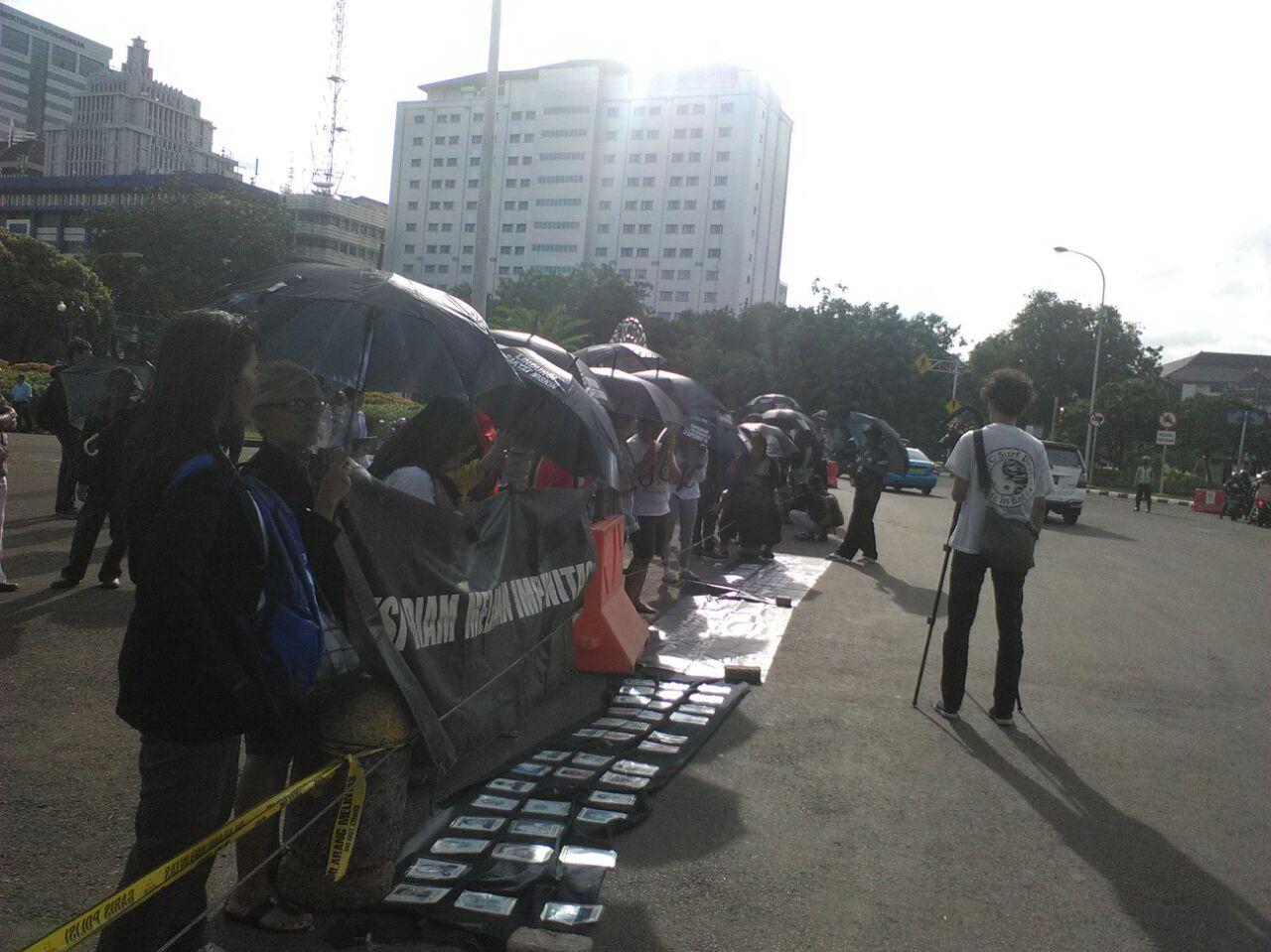 Aksi Kamisan ke-380: Menunggu Ketegasan Jokowi
