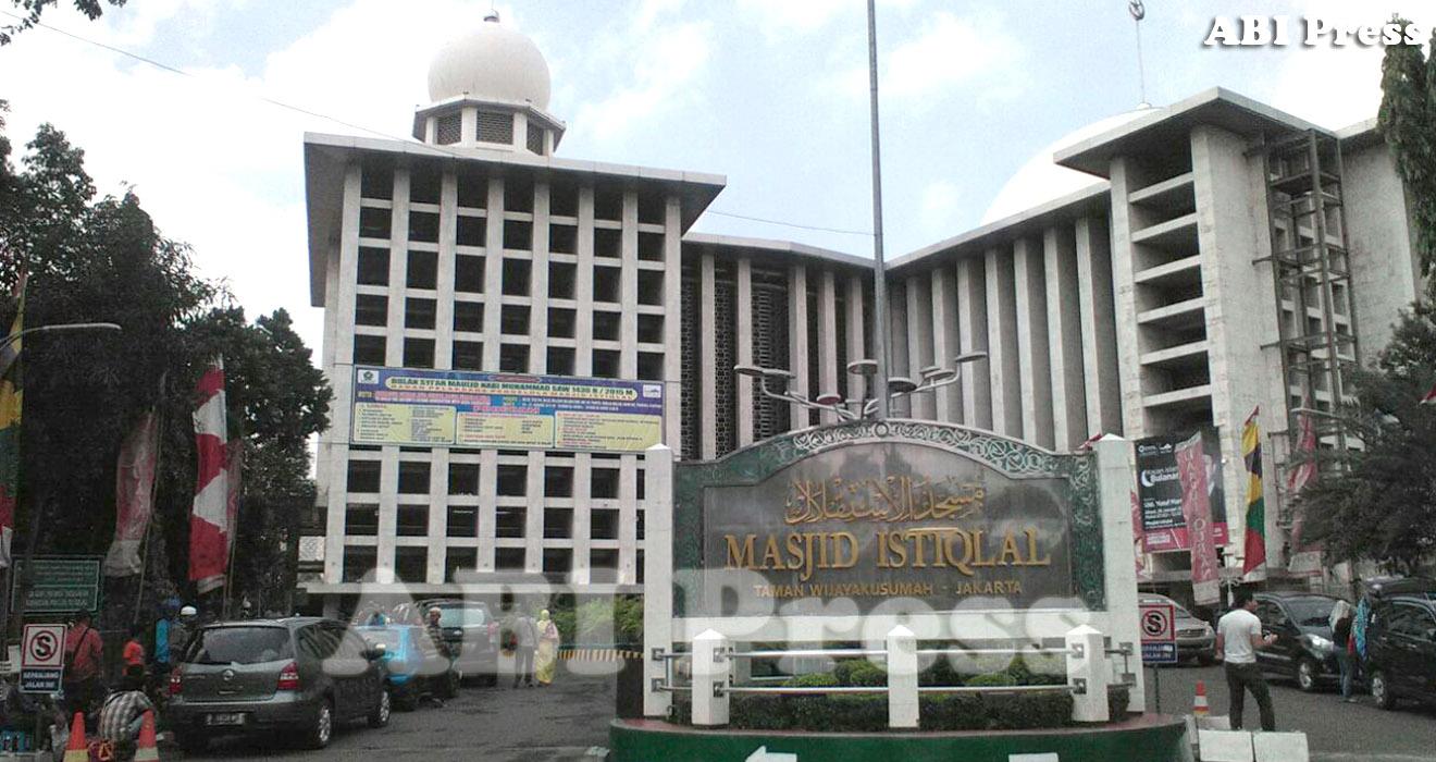 ABI Press_Adab-Etika Masuk Masjid