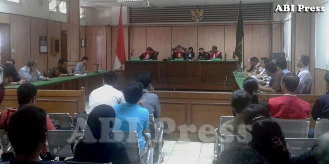 Hakim Tunda Putusan Swastanisasi Air DKI Jakarta