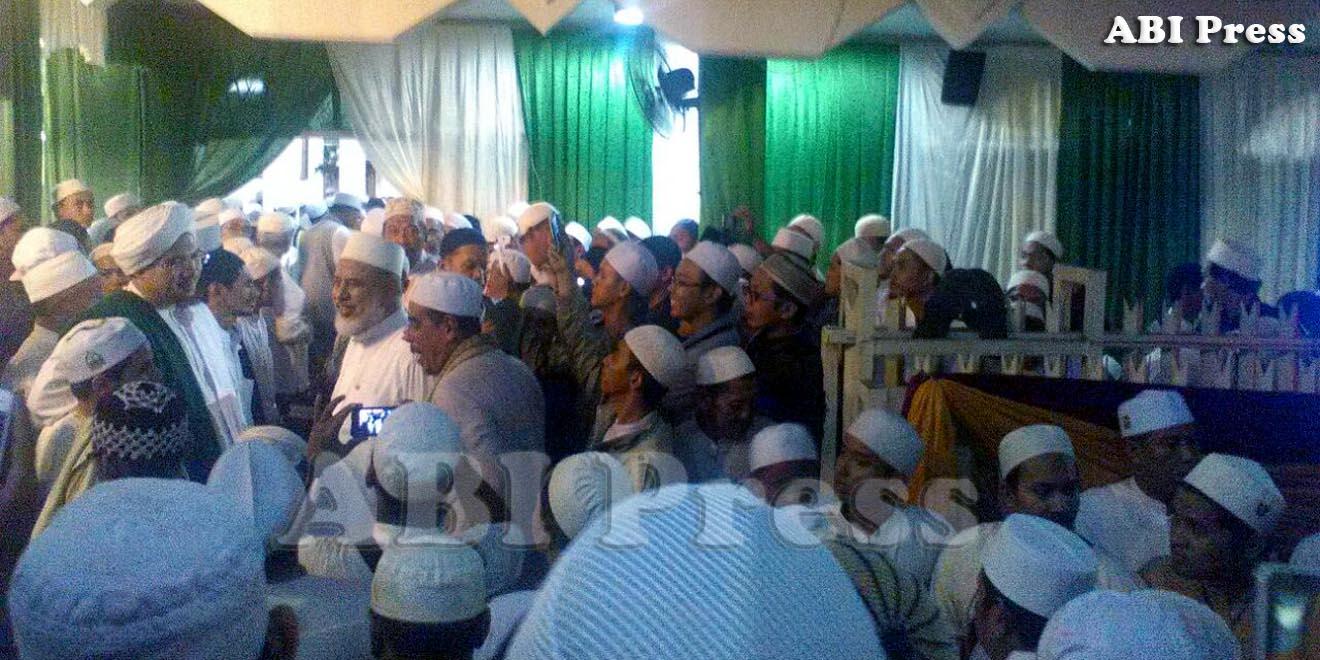 Ziarah Bersama ke Makam Habib Ali Al-Habsyi
