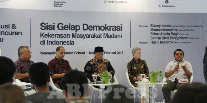 Kekerasan dan Sisi Gelap Demokrasi
