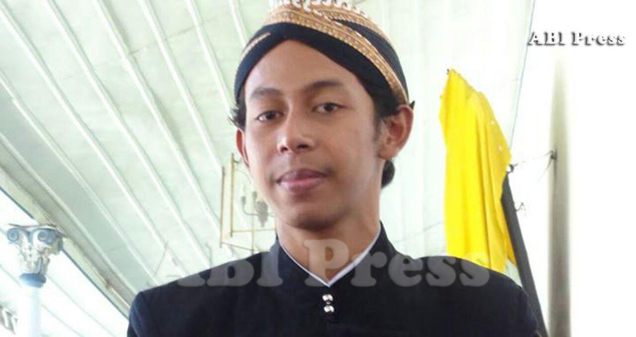 Meneladani Pangeran Dipanagara, Priyayi-Santri Proletar