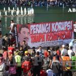 Berantas Korupsi, Jangan Kompromi!