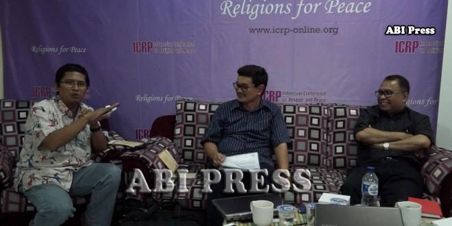 """Video : Bedah Buku """"Membela Kebebasan Beragama"""" di ICRP"""