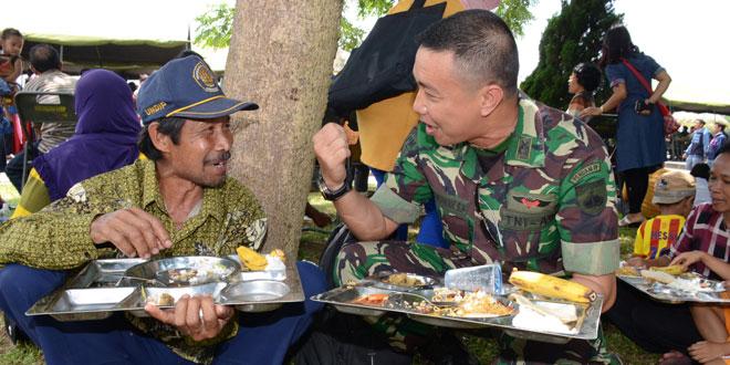 TNI dan Rakyat Bagaikan Ikan dan Air