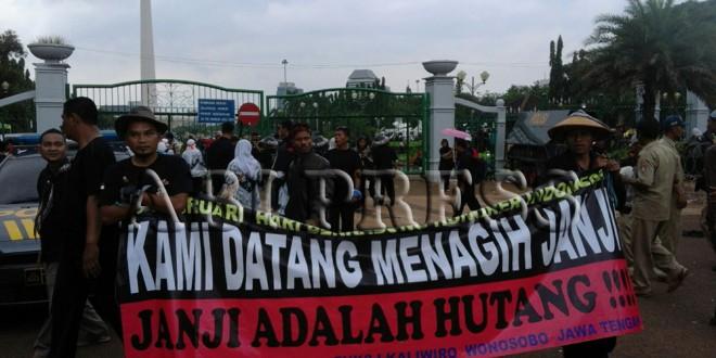 Tuntut Janji Jokowi Ribuan Guru Honorer Demo Istana
