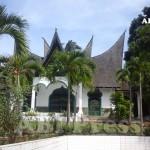 Arsitektur Makam Ala Minang di Tanah Minahasa