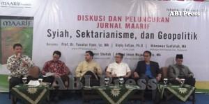 (kedua dari kiri ke kanan) Ahmad Imam Mujahid Rais, Umar Shahab, Hikmawan Saefullah, Dicky Sofjan, Yunahar Ilyas