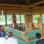 Wisata Religi Menjahit Masa Lalu dan Masa Kini