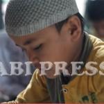 Anak Pengungsi Sampang Belajar Mengaji Selama Bulan Ramadhan