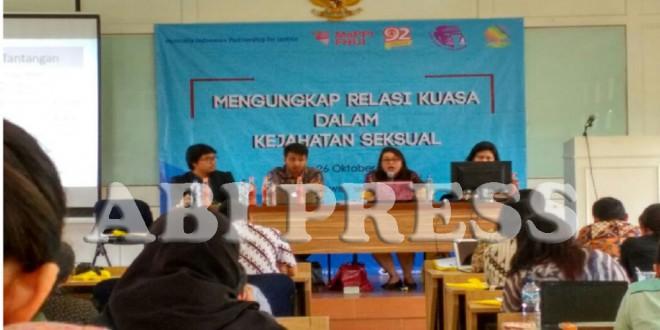 Diskusi Publik: Hukum dan Kejahatan Seksual