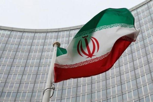 Iran Jatuhkan Sanksi kepada 15 Perusahaan Amerika