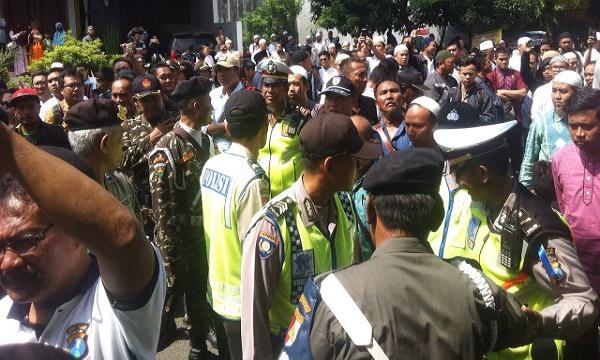 Ini Penyebab Ceramah Khalid Basalamah Ditolak di Sidoarjo