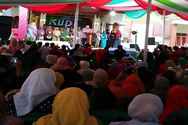 Menteri Agama saat memberikan sambutan di acara penutupan kongres.