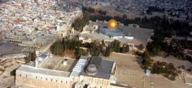 DPR Kecam Pelarangan Salat di Masjid Al-Aqsa