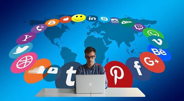 Bijak dalam Media Sosial