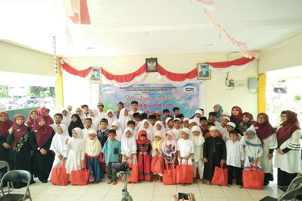 Berbagi Kasih 10 Muharram, Muslimah ABI Santuni Anak Yatim