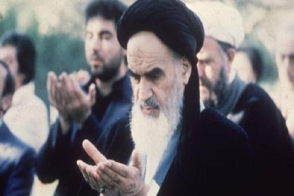 Imam Khomeini: Bila Muslimin Bersatu, Cukup Seember Air untuk Menenggelamkan Israel