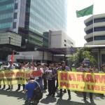 Aksi Massa Tuntut Arab Saudi Akhiri Politisasi Haji