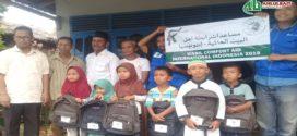 Kampung Literasi Sigi Mendapat Bantuan 100 Tas Sekolah