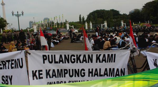 26 Agustus, Lebaran Berdarah Warga Syiah di Sampang Madura