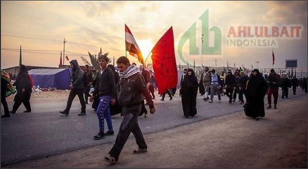 Memperingati Arbain Imam Husain as dengan Berjalan Kaki Najaf ke Karbala