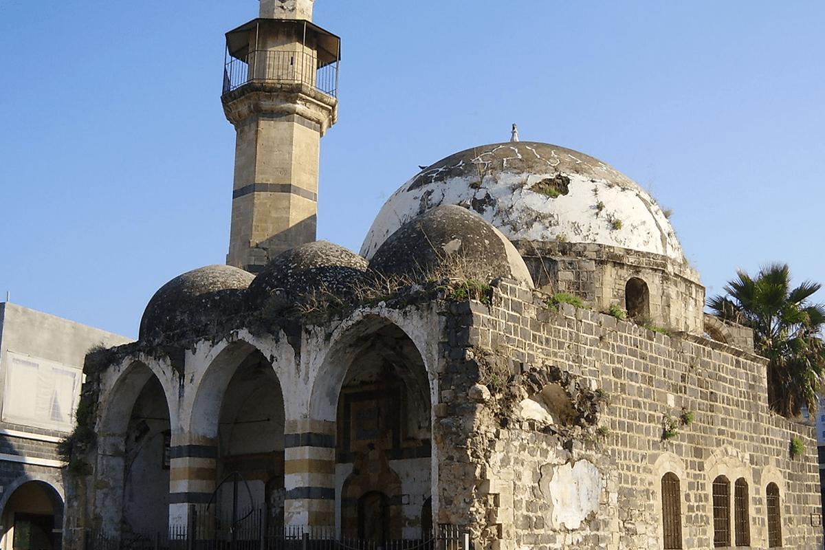 Rezim Zionis Sulap Masjid-masjid Palestina Jadi Bar