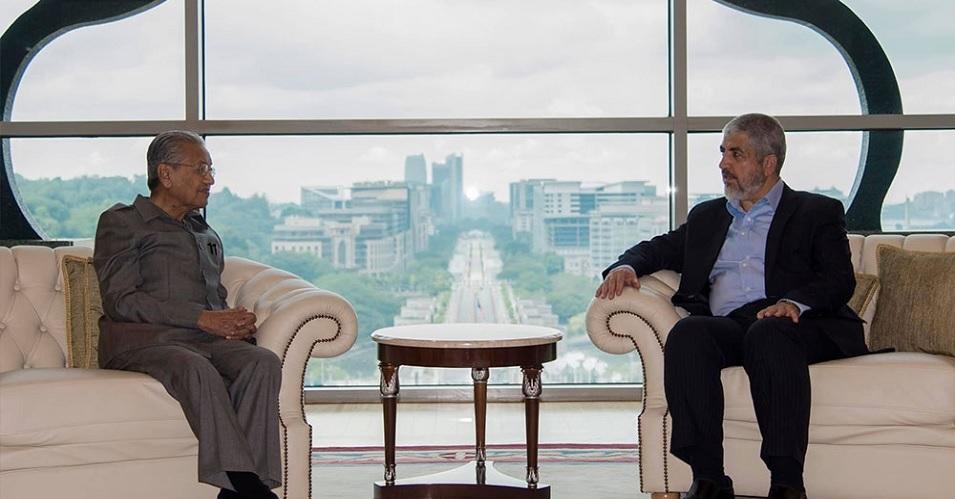 Mahathir Mohammad: Zionis 'Israel' dan Sekutunya Terus Mengadu Domba Negara Muslim