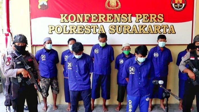 Jaksa Tuntut 1–2 Tahun Penjara Pelaku Penyerangan di Metrodanan