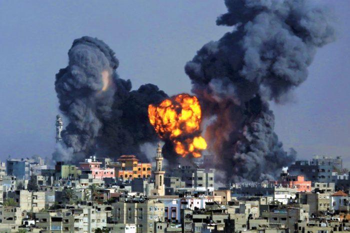 Zionis Kembali Bombardir Gaza